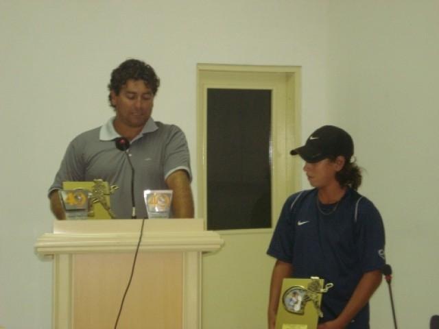 Poder Legislativo concede homenagem ao jovem tenista Orlandinho