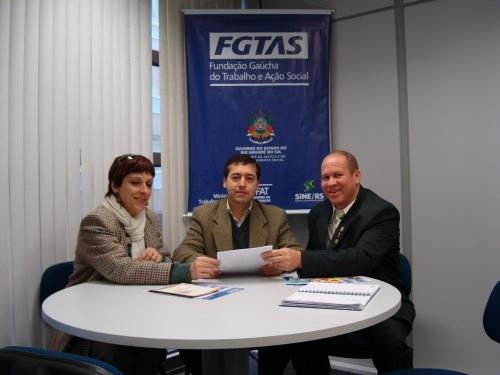 Vereadores buscam apoio para execução de projetos do municipio