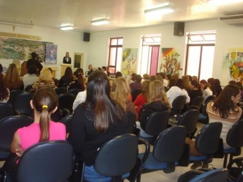 Projeto Oratória nas Escolas está acontecendo na Câmara Municipal