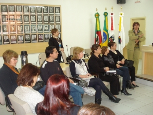 Programa Redes de Cooperação realiza reunião em Carazinho