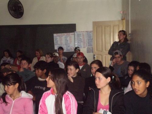 EEEB Ernesta Nunes adere a Campanha CARAZINHO CONTRA O CRACK