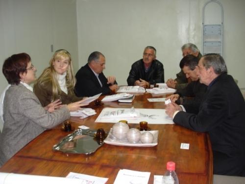 Representantes da SINTERGS reúnem-se com a Vereadora em Carazinho