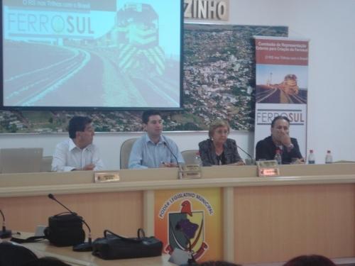 Audiência pública sobre a instalação da FERROSUL aconteceu hoje em Carazinho