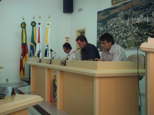 Orçamento 2010 aprovado com três emendas do Legislativo