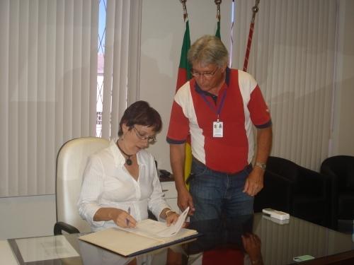 Sandra Citolin assume interinamente a presidência do Poder Legislativo