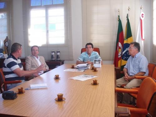 Grupo Nicolini busca parceria com o município