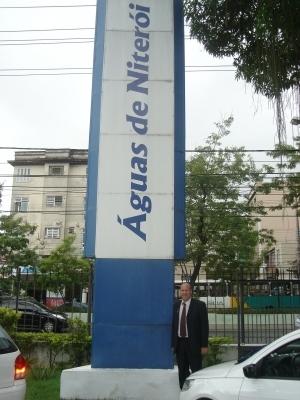 Paulino visita unidade Niterói do Grupo Águas do Brasil