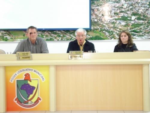 Nelson Loeff apresenta projeto reestruturação da saúde no município