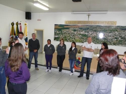 Servidores do Legislativo participam de aulas de Ginástica Laboral.