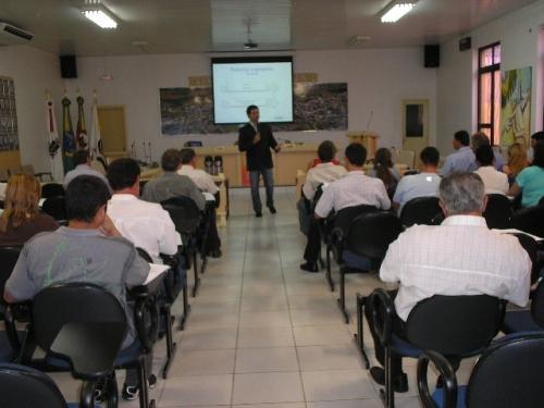Câmaras de Vereadores de Carazinho e região participaram de curso de capacitação