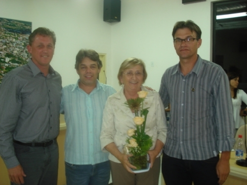Deputada Zilá Breitenbach visita o legislativo municipal