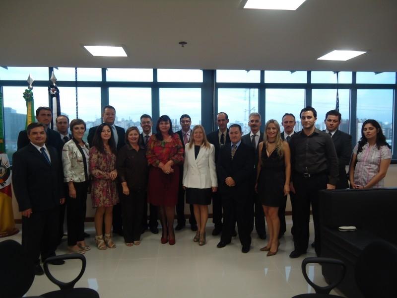 Sandra Citolin  participa de reunião do Tribunal Regional do Trabalho
