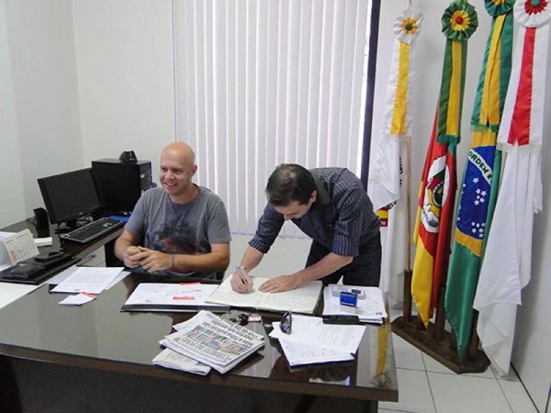 EDUARDO ASSIS ASSUME A PRESIDÊNCIA