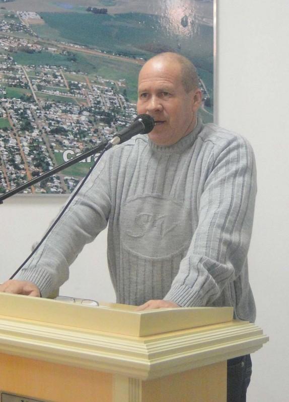 VEREADORES MANIFESTAM REPÚDIO AO GOVERNADOR DO ESTADO POR BENEFICIAR APENAS PARTE DOS ESTUDANTES UNIVERSITÁRIOS DO RIO GRANDE DO SUL