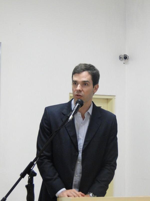 SESSÃO MARCADA PELA PRESENÇA DO DEPUTADO ESTADUAL MÁRCIO BIOLCHI (PMDB) E A PREOCUPAÇÃO DOS VEREADORES COM A SITUAÇÃO DA CRECHE DO BAIRRO ORIENTAL