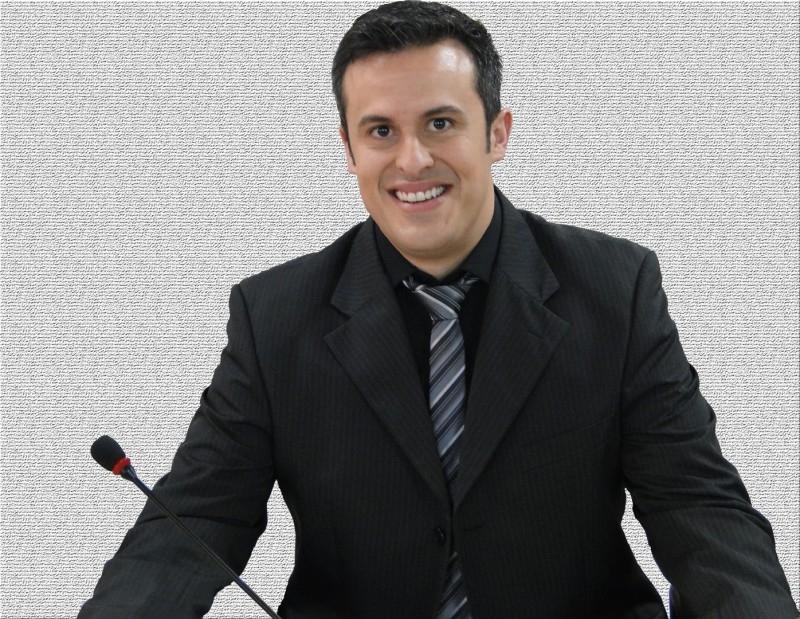 RESUMO DOS TRABALHOS DO VEREADOR FERNANDO SANT'ANNA DE MORAES (PP) NA SESSÃO ORDINÁRIA DO DIA 25 DE NOVEMBRO