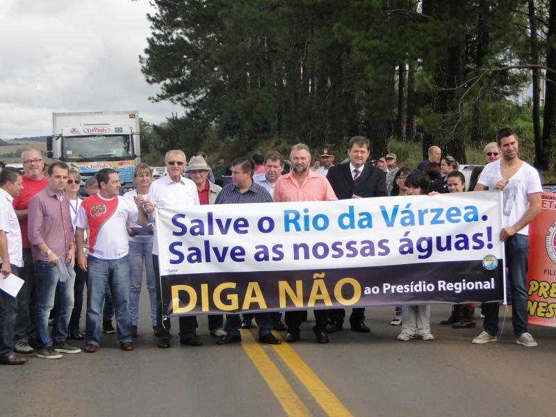 MANIFESTO CONTRA O PRESÍDIO DE PF ACONTECEU HOJE PELA MANHÃ