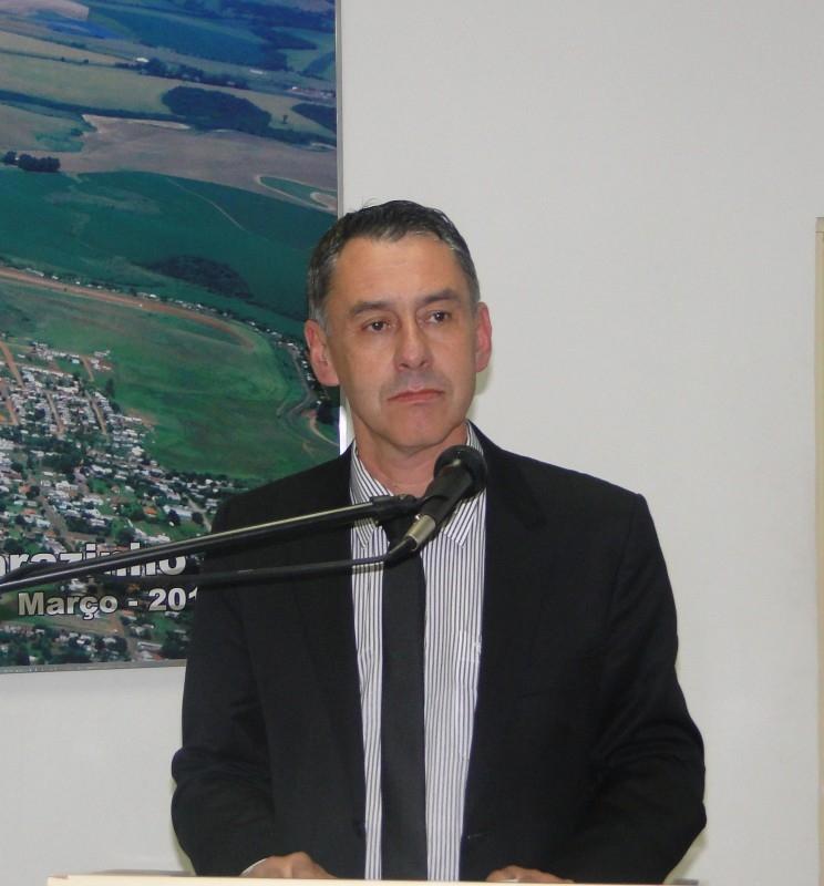 PRESIDENTE DA CORSAN NA SESSÃO PLENÁRIA