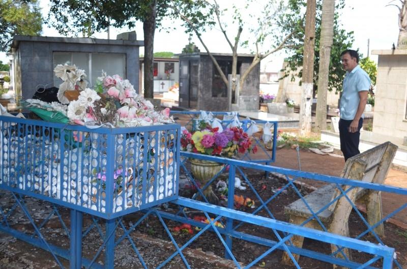 Vereador Erlei Vieira sugere melhorias no Cemitério Municipal