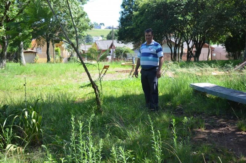 Vereadores pedem melhorias das praças de Carazinho