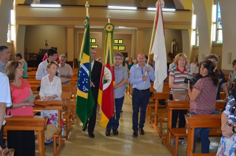 Câmara participa de missa alusiva ao aniversário do município