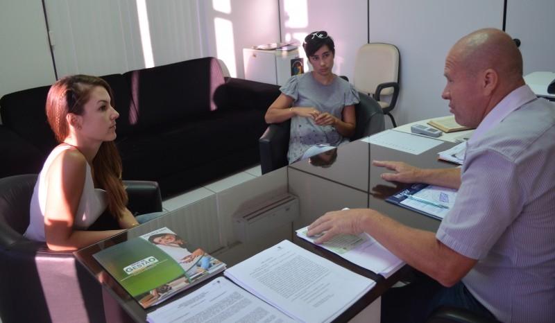 Presidente Paulino de Moura garante auxílio a APAC