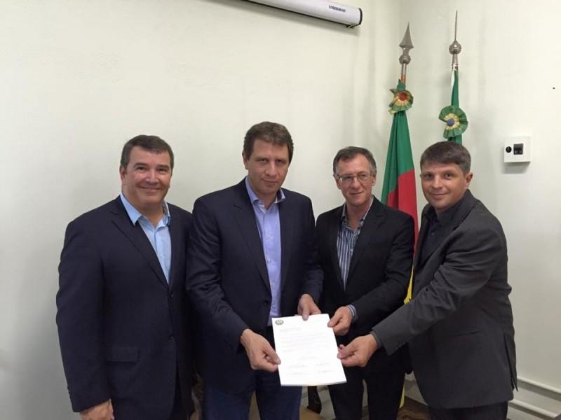Secretário Estadual da Agricultura sinaliza melhorias para Carazinho