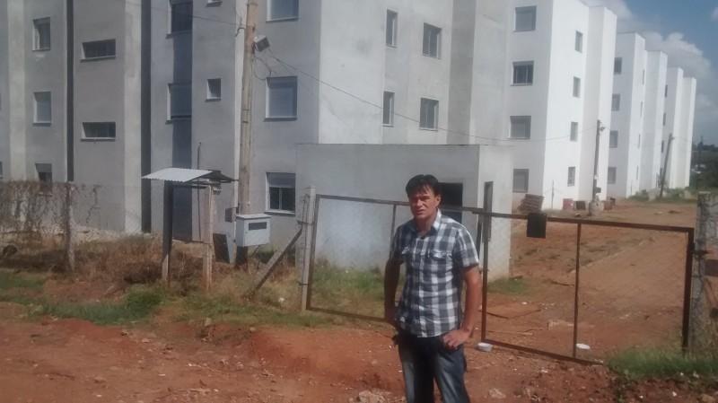 Vereador fiscaliza obras no residencial Aldeia Minuano