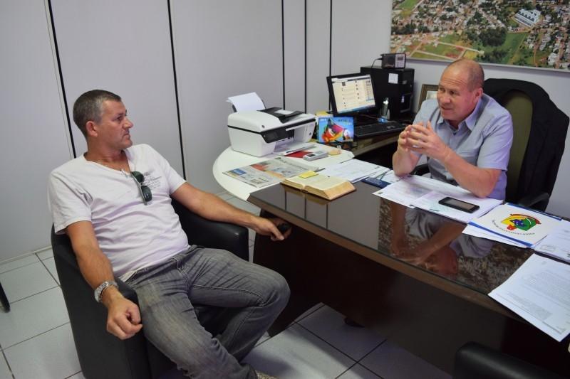 Câmara recebe secretário municipal de agricultura