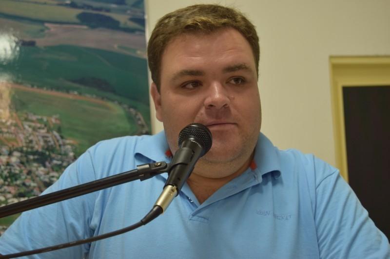Câmara vota favorável as contas do ex-prefeito Aylton