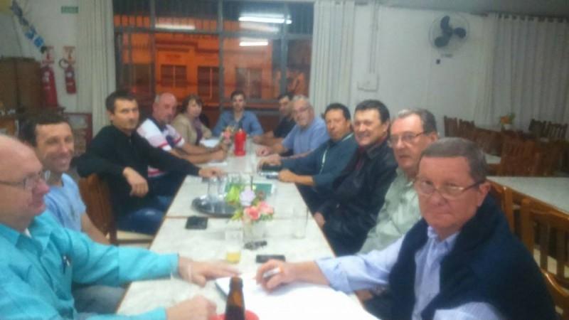 Vereador participa de reunião com Associação de Moveleiros