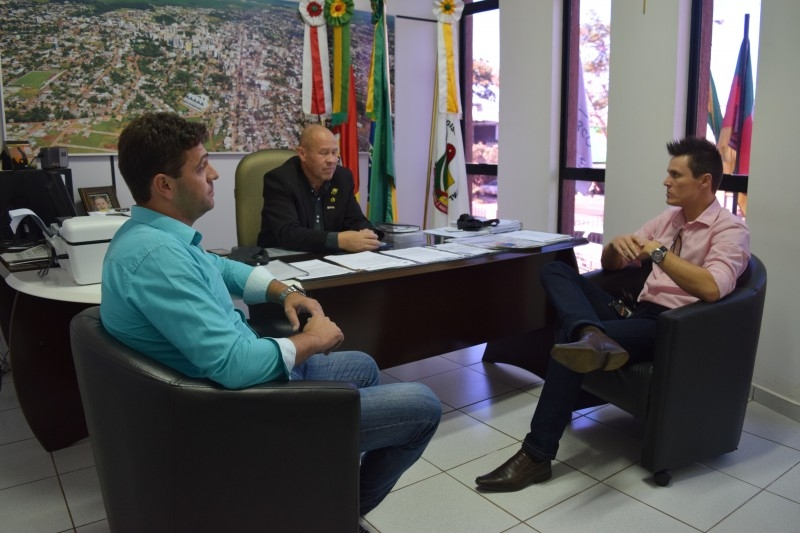 Legislativo buscará agregar novas empresas no Jovem Aprendiz