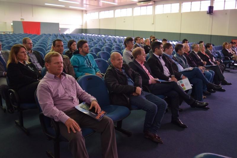 Vereadores prestigiam inauguração de Incubadora Tecnológica em Carazinho