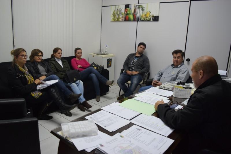 Comissão pede urgência na votação de projeto sobre eleição de Conselheiros Tutelares