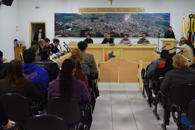 Câmara forma comissão de segurança durante sessão