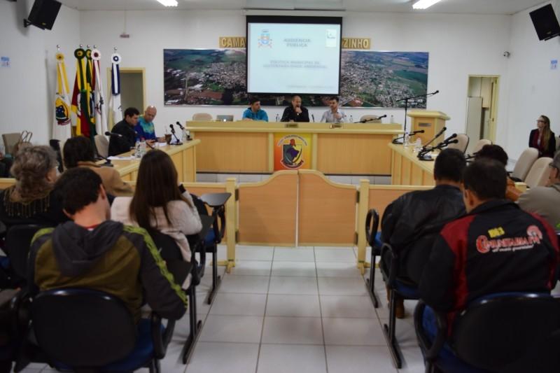 Câmara sedia discussão sobre políticas ambientais no município