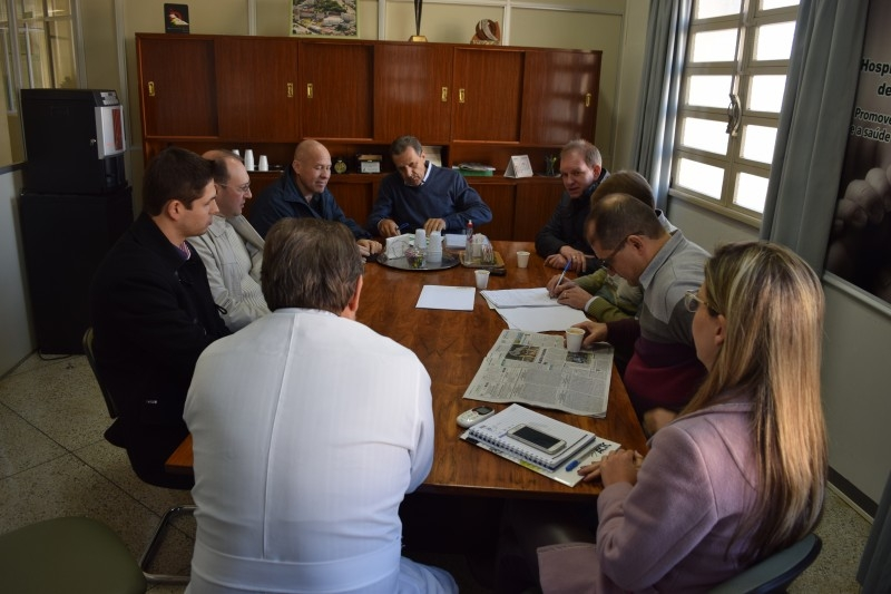 Câmara participa de nova reunião com HCC