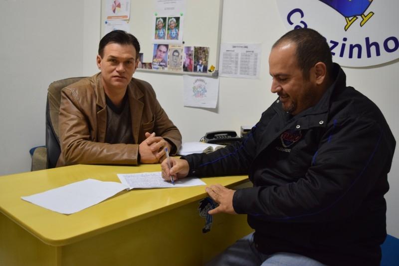 Vereador inicia com abaixo-assinado pedindo por Clínica de Reabilitação