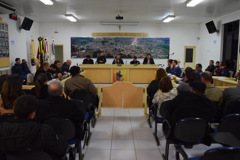 Sessão amplia discussão sobre o turno único