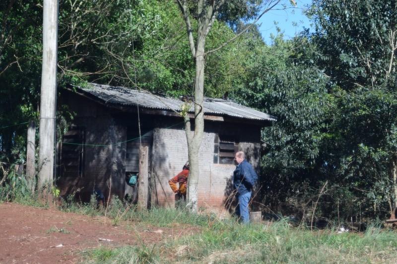 Indicação de vereador garante nova casa a senhora no distrito de São Bento