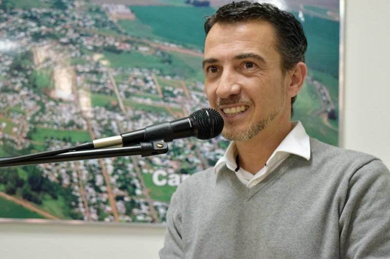 Vereador solicita informação sobre acesso de alunos da rede municipal com laboratórios de informática
