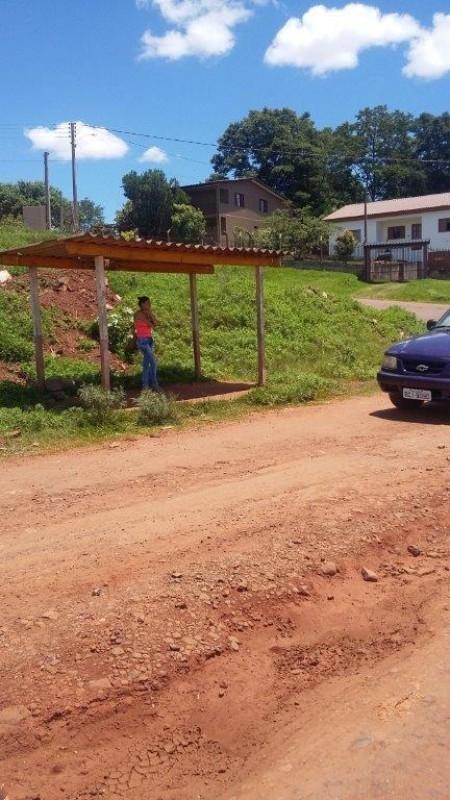 Moradores pedem por  melhorias no bairro Brandina