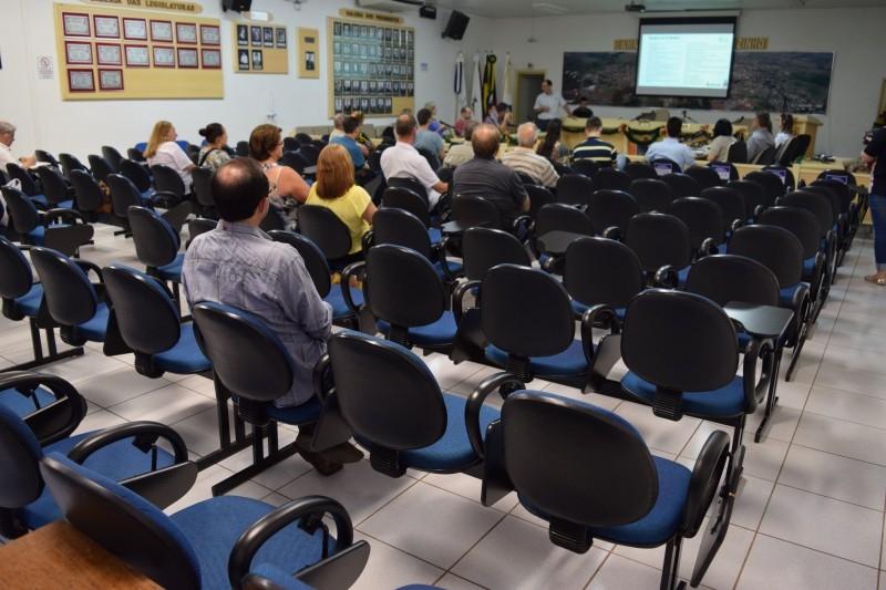 Plano de Saneamento é apresentado à comunidade