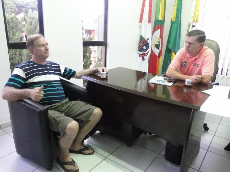Presidente da Câmara recebe visita de Luiz Leite
