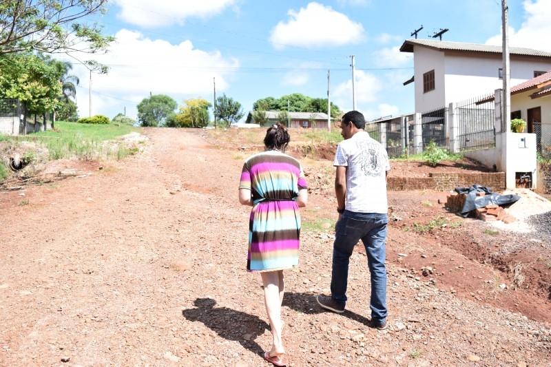 Moradores pedem melhorias no bairro Ouro Preto