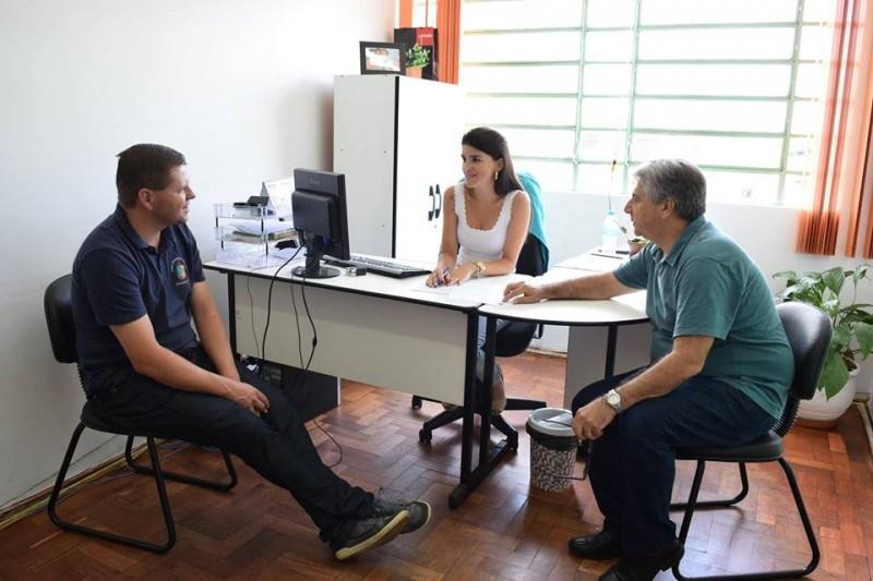Gauchinho faz visita de cortesia a nova secretária de saúde