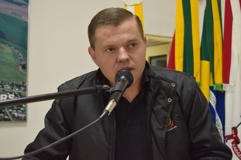 Gauchinho defende a participação de jovens na política
