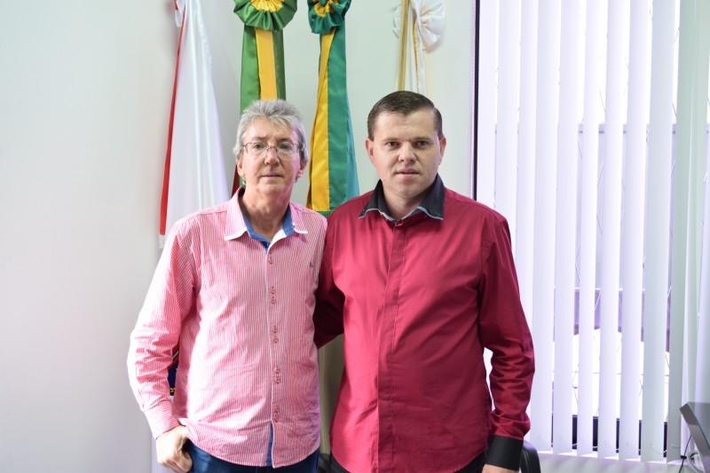Gauchinho recebe visita de ex-companheiro de partido