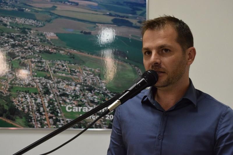 Vereador cobra ação do município quanto a descumprimento de Lei