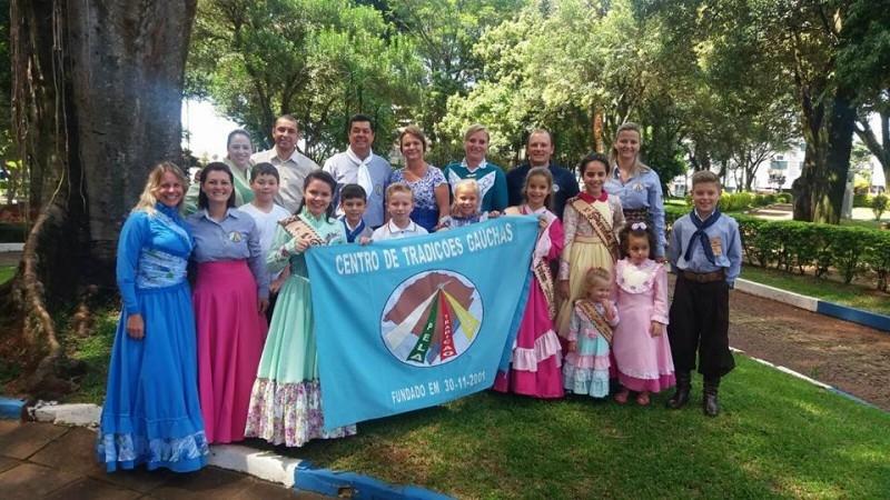 Gauchinho prestigia abertura da Semana da Paz em Carazinho